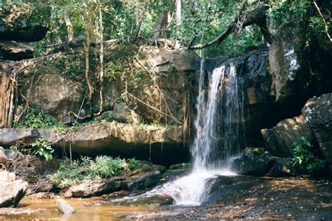 5 themes of geography cambodia travel to cambodia angkor kobal spien and phnom kulen