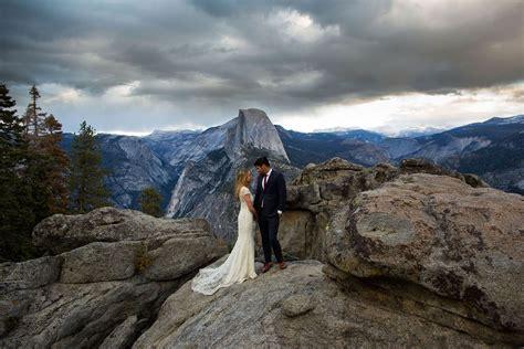 Yosemite Wedding by Yosemite National Park Wedding Photographer