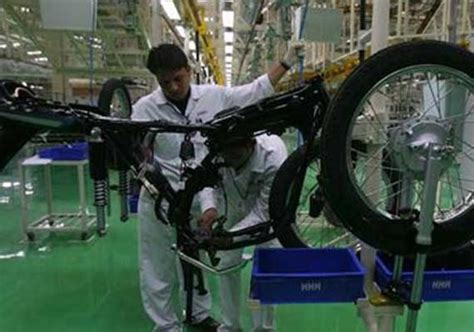 hero motocorp ap plant production to commence by dec 2018 hero motocorp workers want up to rs 18k hike in monthly