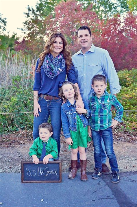 family picture clothes by color series greens portrait fall family photos what to wear 2015 california