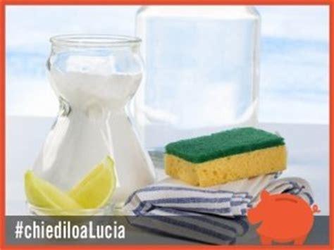 bagno bicarbonato pulire il bagno con aceto e bicarbonato