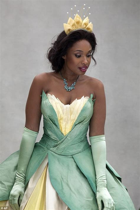how to get hair like tiana s from empire jennifer hudson transforms into a disney princess in for