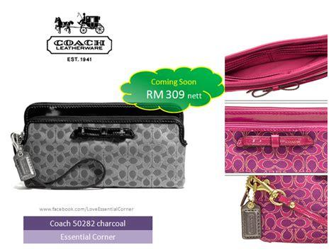 Coach Corner Zip Wristlet Wallet Large Preloved All Categories Essential Corner