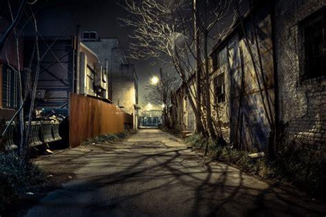 dark alley: vangr: galleries: digital photography review