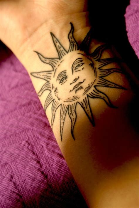 henna sun tattoo best 25 sun tattoos ideas on sun henna
