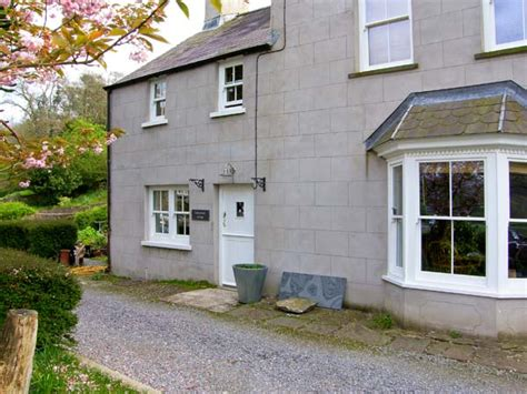Self Catering Cottages Pembrokeshire by Laburnham Cottage Cresswell Quay Pembrokeshire Self