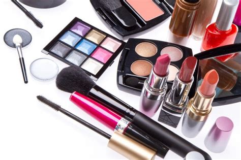 Make Money Selling Pictures Online - can you really make money selling makeup online