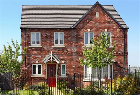 Three bed, two bath detached is the UK?s dream home   Your