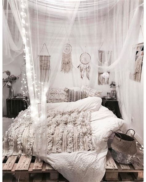 boho bedroom decor 25 best ideas about white bohemian decor on pinterest