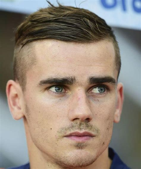 top  soccer player haircuts  guide