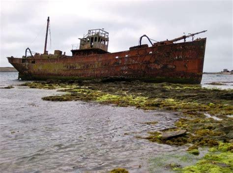 old boat wrecks 305 best shipwrecks images on pinterest shipwreck