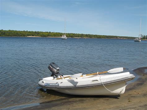 dingy definition boat dinghy d 233 finition c est quoi