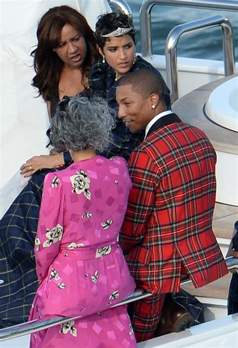 pharrell williams wife and kids pharrell williams marries helen lasichanh all the wedding