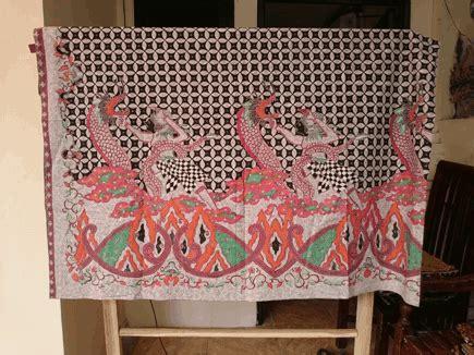 Batik Tulis Asli Naga batik tulis naga banyak di kawasan pesisir batik dlidir