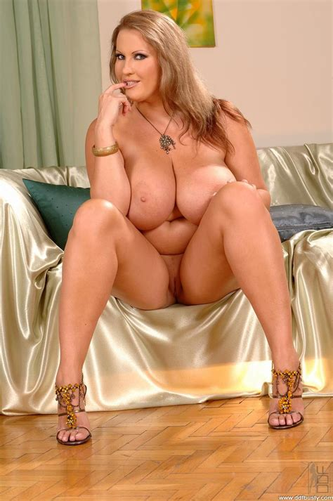 Hot Girl Bikini Big Boobs Sex Porn Images