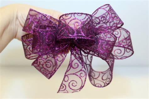 how to bows a wire edged ribbon bow thriftyfun