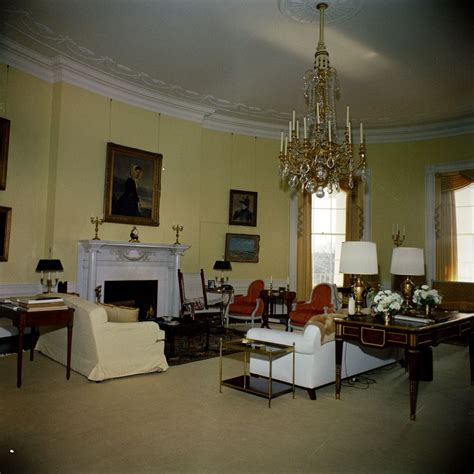 yellow oval office kn c19845 yellow oval room white house john f kennedy
