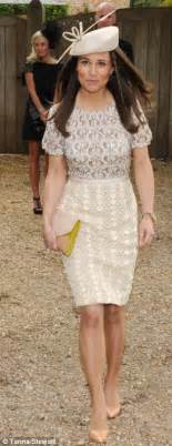 pippa middleton duchess of cambridge s sister steps out for verity evetts wedding daily mail