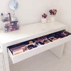 Makeup Desk Ideas 17 Best Ideas About Makeup Desk On Vanity
