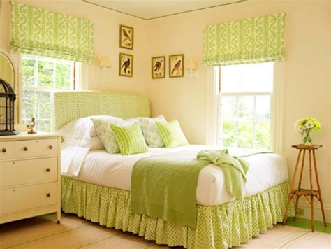 paint styles for bedrooms light green bedroom color
