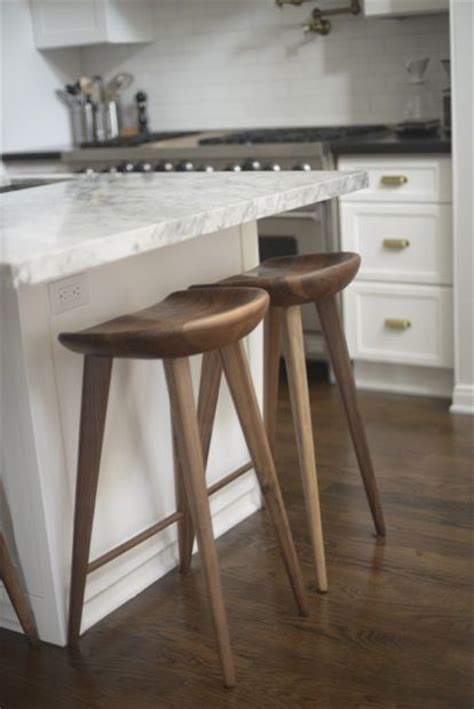 Kitchen Stools For Islands by 25 Best Ideas About Kitchen Island Stools On