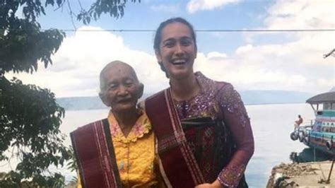 Q Q M132j003y Rumah Opung kebahagiaan alexandra gottardo bertemu dengan nenek