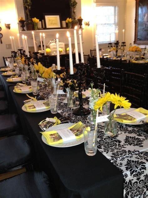 Black, White and Yellow Table decor   ENTERTAINING