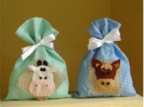 sacolinha surpresa para festa infantil pictures to pin on pinterest sacolinha surpresa artesanal modelos e como fazer