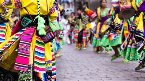 trajes tipicos de la region con material reciclado apexwallpapers traje t 237 pico de las fiestas de cuzco per 250
