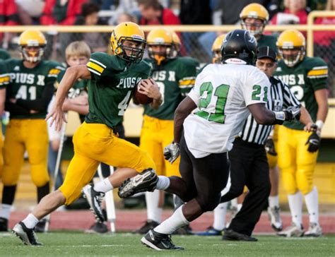 lincoln pius prep football pius x offense hits on all cyclinders