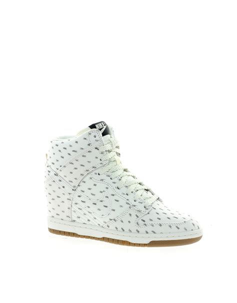 Wedges Hitam Side Des lyst nike dunk sky high top white wedge sneakers in green