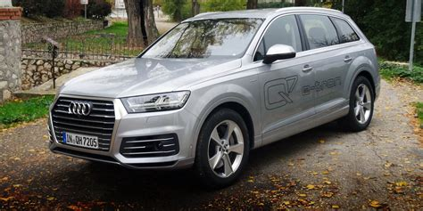Q7 Audi Specs by 2018 Audi Q7 E Pricing And Specs Photos 1 Of 4