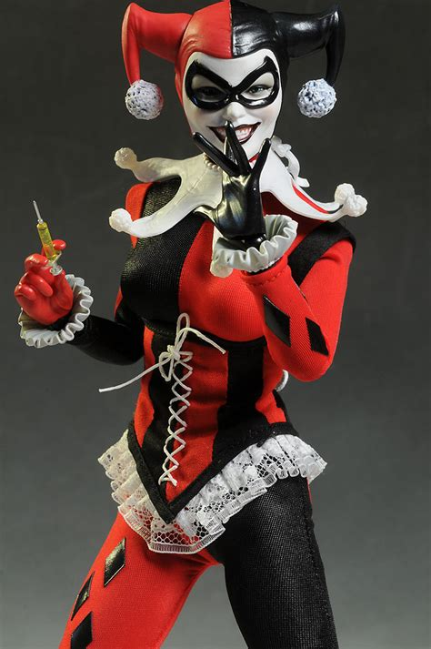 figure harley quinn live photos harley quinn dc sixth scale by sideshow