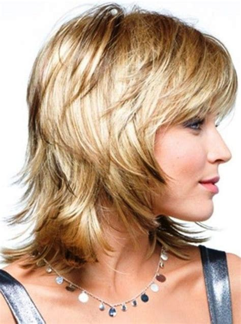 Pictures Of Medium Hairstyles For 60 by Must See Medium Length Hairstyles For 60 2017
