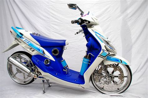 Batok Komplit Yamaha Mio Smile 30 gambar modifikasi yamaha mio keren gagah otomotif style