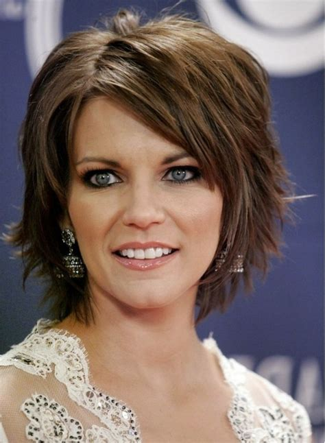 chunky layers for fine hair 10 fascinating short layered haircuts fine hair 7