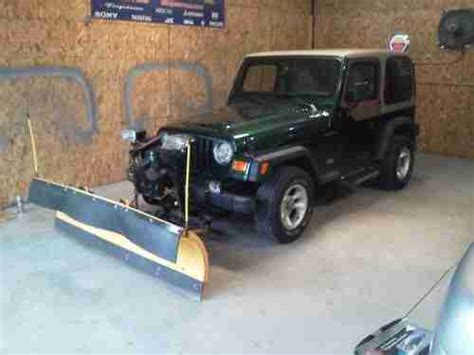 jeep wrangler snow plow sell used 2000 jeep wrangler only 67 900 miles with snow