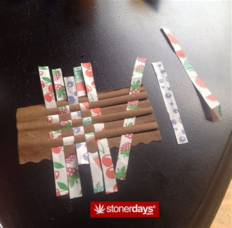 How To Make A Blunt Out Of Paper - how to roll a bloint ecannabis news