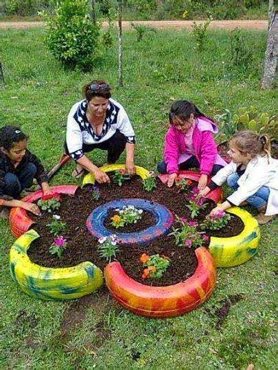 ideas para decorar un jardin con llantas de coche 17 best images about ideas para el jardin on pinterest