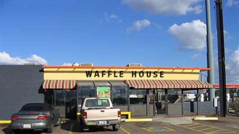 Woman Witnesses Stunning Sight At Waffle House Photo Waffle House Panama City Florida