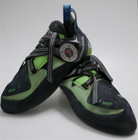 choosing rock climbing shoes choosing your pair of climbing shoes tips advice