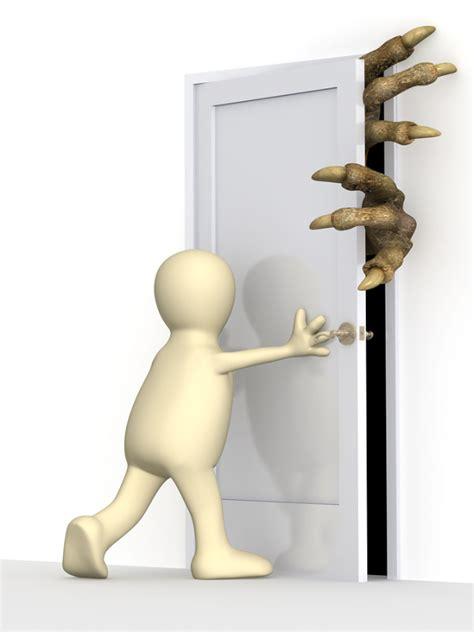 Closing Doors by Door Graphic Warning Signs Keep Door Closed