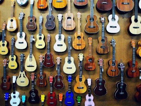 uzbek music wwwtaronanet art guitar music musical instrument image 496127 on