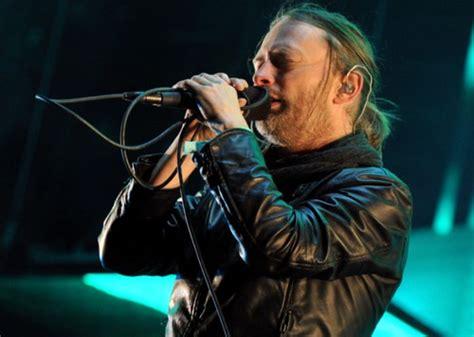 radiohead testi radiohead toronto crolla il palco un morto e tre feriti