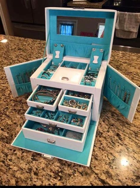 Origami Owl Box - follow me origami and chain earrings on