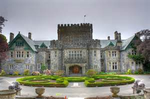 Craigdarroch Castle Floor Plan 10 fairy tale castles in canada you can visit travel