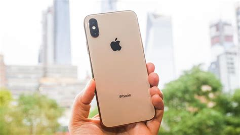 iphone xs review updated   luxury upgrades