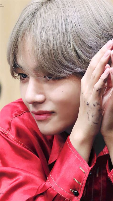 kim taehyung eras bts wallpapers taehyung dna era wallpapers please like