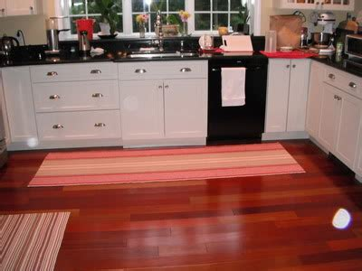 Rug In Kitchen With Hardwood Floor Interior Paint And Decorating Interior Paint Designs Interior Paint And Decorating Ideas For