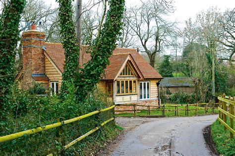 Oak Cottages by A Charming Oak Cottage Homebuilding Renovating
